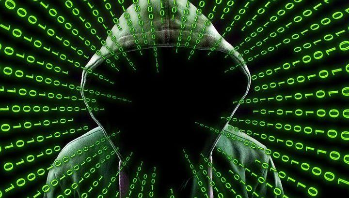hacker-2883632__480
